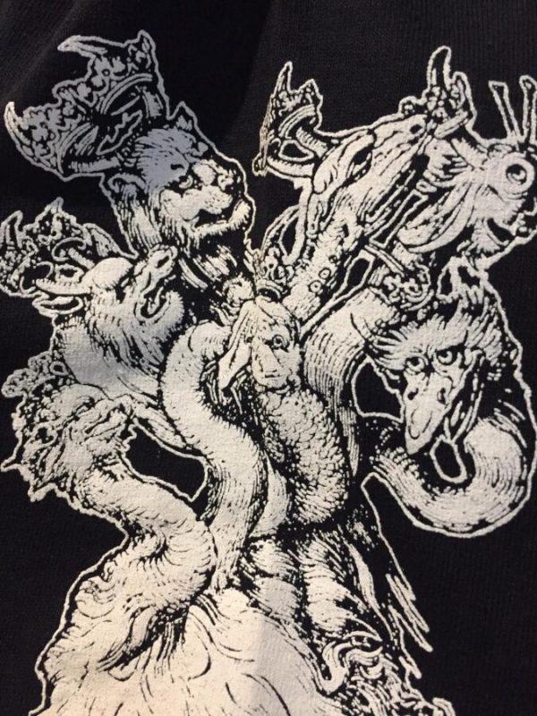 Ulthar shirt detail 1