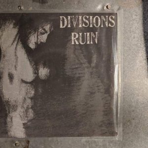 DIVISIONS RUIN 7″ (2nd Hand) 2nd Hand Vinyl EP