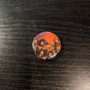 KISS – Vintage Button Pin Pins & Enamel Pins